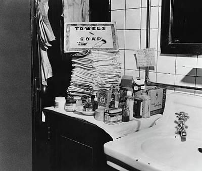 Greyhound Photograph - Ladies' Restroom, 1943 by Granger