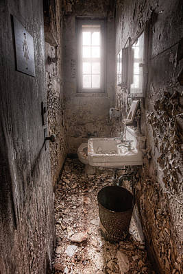 Photograph - Ladies Room by Gary Heller