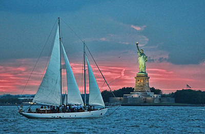 Photograph - Lady Liberty 17 by Allen Beatty
