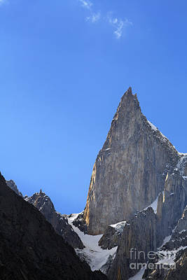 Ladys Finger Peak In The Karakorum Pakistan Art Print by Robert Preston
