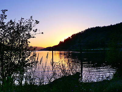 Photograph - Lake Coeur D' Alene Sunset by Jean Wright