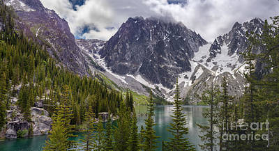 Photograph - Lake Colchuck Gateway To The Enchantments by Mike Reid