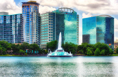Photograph - Lake Eola Fountain - Orlando by Frank J Benz