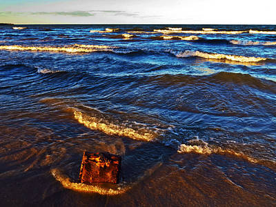 Lake Erie Photograph - Lake Erie - Evening Light by Shawna Rowe