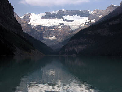 Photograph - Lake Louise Alberta by Robert Lozen