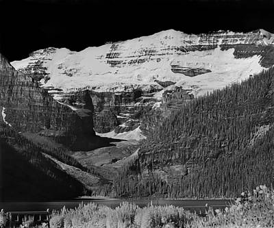 Photograph - 303515-bw-lake Louise And Mt. Victoria by Ed  Cooper Photography