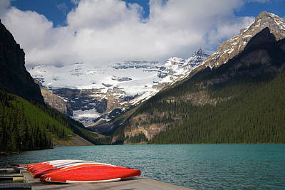 Canoe Photograph - Lake Louise, Banff National Park by Peter Adams