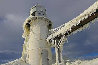 Winter Storm Photograph - Lake Michigan Lighthouse Frozen In Winter by Dan Sproul
