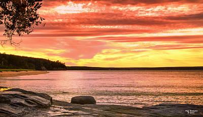 Photograph - Lake Superior Sunset by Peg Runyan