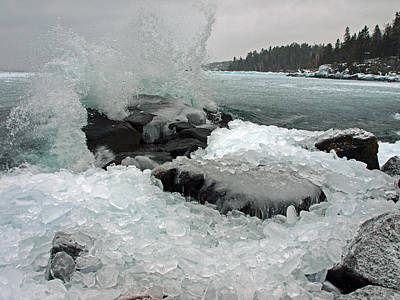 Photograph - Lake Superior's Winter Fury by James Peterson