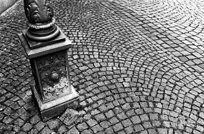 Photograph - Lamp Post In Munich by John Rizzuto