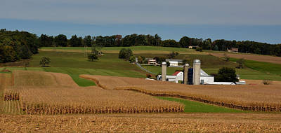 Amish Country Photograph - Lancaster County Farm by William Jobes