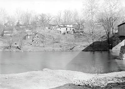 Conestoga Photograph - Lancaster, Pennsylvania - Housing. Sunnyside - Near Covered by Litz Collection