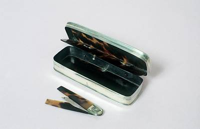 1700s Photograph - Lancet Case by Science Photo Library