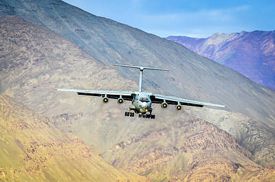 Himalayas Photograph - Landing At Leh by Krishnaraj Palaniswamy