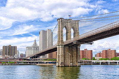 Photograph - Landmark Brooklyn Bridge by Mark E Tisdale