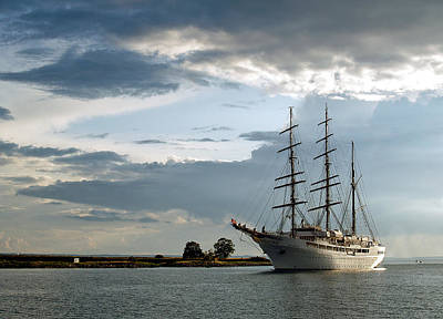 Photograph - Landskrona Se Sea Cloud II 03 by Jeff Brunton