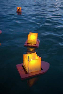 Ala Moana Photograph - Lantern Floating Festival, Memorial by Douglas Peebles
