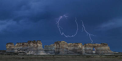 Lariat Lightning At Monument Rocks Art Print