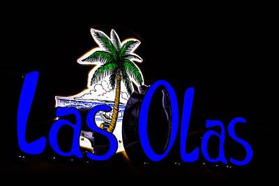 Photograph - Las Olas Neon Sign by Ben Graham