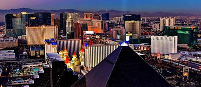 Photograph - Las Vegas Sundown by Benjamin Yeager