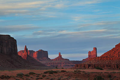 Art Print featuring the photograph Last Light In Monument Valley by Alan Vance Ley