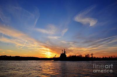 Photograph - Last Sunset Of 2014 by Bob Sample