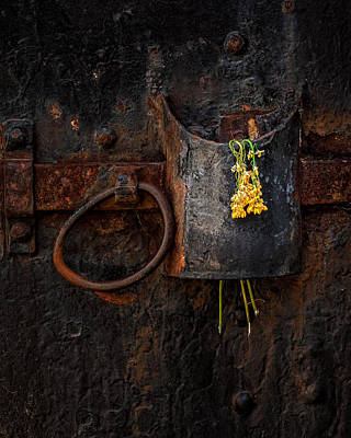 Photograph - Latch by Thomas Hall
