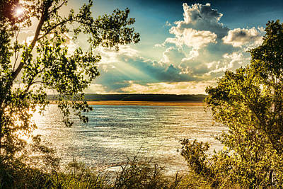 Sun Rays Photograph - Late Summer Afternoon On The Mississippi by Jon Woodhams
