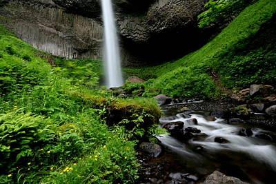 Latourell Falls At Columbia River Gorge Art Print by Jetson Nguyen