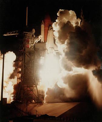 Launch Of Space Shuttle Challenger Art Print