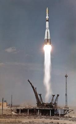 First Launch Photograph - Launch Of Voskhod-1 by Science Photo Library