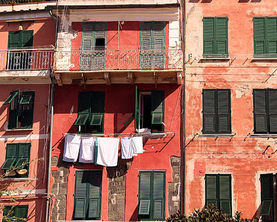 Photograph - Laundry Day In Vernazza by John Bushnell