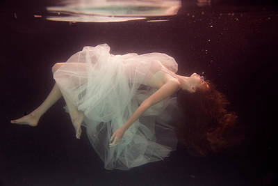 Floating Photograph - Laura by Gabriela Slegrova