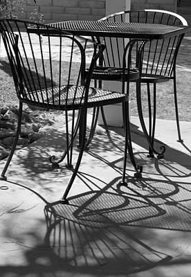 Photograph - Lazy Afternoon At The Cafe by Suzanne Gaff