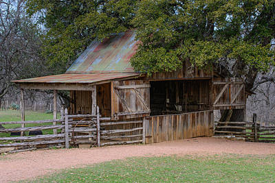 Photograph - Lbj Small Barn by John Johnson
