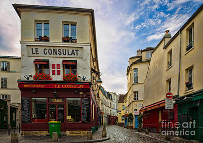 Sacre Coeur Photograph - Le Consulat by Inge Johnsson