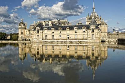 Le Grand Chateau De Chantilly  Original