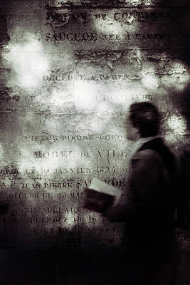 Sepia Wall Art - Photograph - Le Lecteur by Eric Drigny