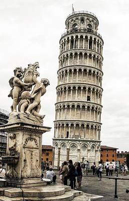 Leaning Tower Of Pisa Print by Brian Gadsby