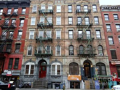 Photograph - Led Zeppelin Physical Graffiti Building by Ed Weidman