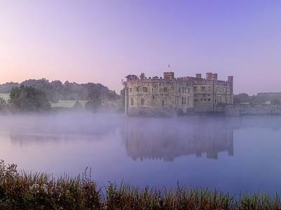Rafferty Photograph - Leeds Castle At Dawn by Lee-Anne Rafferty-Evans