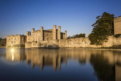 Leeds Photograph - Leeds Castle by Ian Hufton