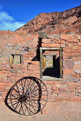 Photograph - Lee's Ferry Az by Dana Sohr