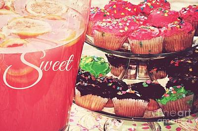 Photograph - Lemonade And Cupcakes by Valerie Reeves