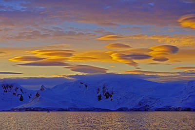 Photograph - Lenticular Clouds by Tony Beck