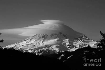 Photograph - Lenticular Over Rainier by Deena Otterstetter