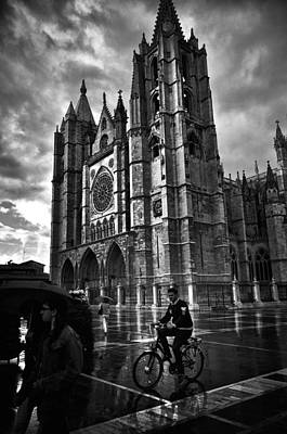 Leon Cathedral In The Rain Art Print by Tom Bell