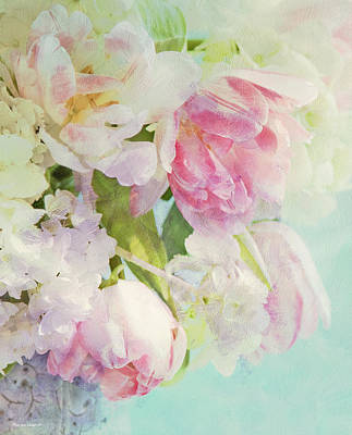 Flowers In A Vase Photograph - Les Fleurs by Theresa Tahara