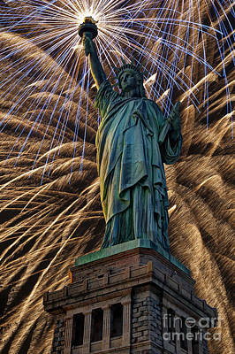 Photograph - Liberty Fireworks by Steve Purnell